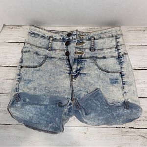 Light Wash High Wasted Jean Shorts